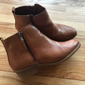 Ralph Lauren Boots 8.5